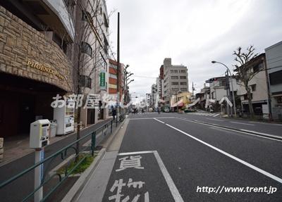 【周辺】フェニックス早稲田駅前