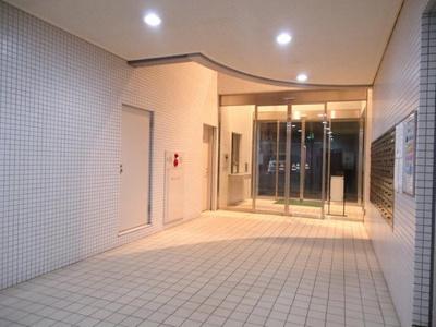 【エントランス】リノベーション済 オーベル横浜・戸部本町2580万円