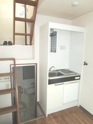 【キッチン】クリスタル通り1番館・2番館