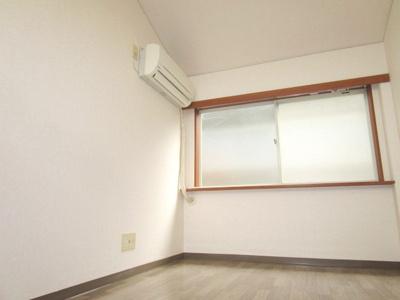 【洋室】クリスタル通り1番館・2番館