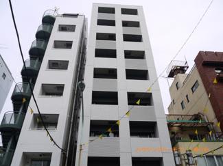 タイル張りのRC造。しっかりとした建物です。