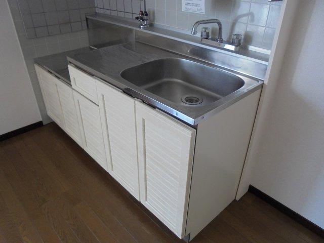 サンライフアオキ2 キッチン 下部 2口コンロ設置可