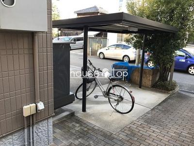 パークアレイ武庫川の駐輪場です