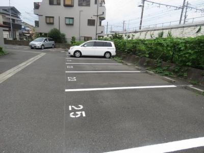 【駐車場】リヴェール茨木
