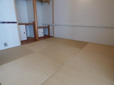 【寝室】南茨木駅前ハイタウンK棟