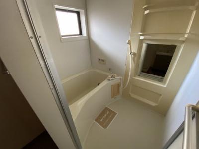 【浴室】ハイツリバーサイド