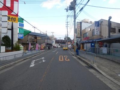 【駐車場】川本5戸1平屋