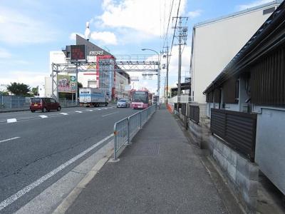 【周辺】川本5戸1平屋