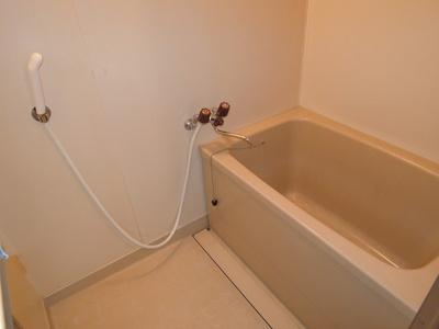 【浴室】ハイツリヴァアベニュー
