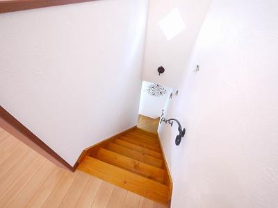 オシャレな室内階段がございます。