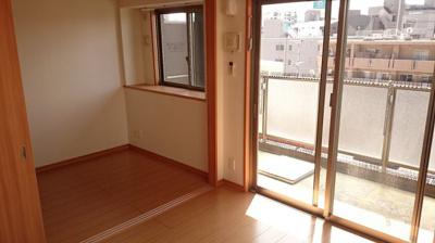 ネストピア平尾駅前(2DK) 洋室