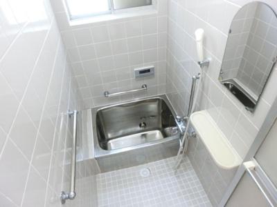 【浴室】大丸町貸家