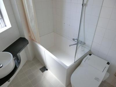 【浴室】山下町 貸家