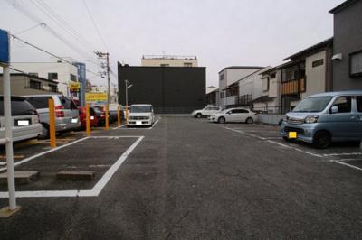 【駐車場】戸崎マンション