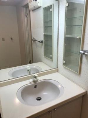 リオグランテージ大濠(3LDK) 独立洗面台