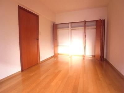 リオグランテージ大濠(3LDK) 洋室