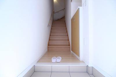 【玄関】ラ ファミーユ