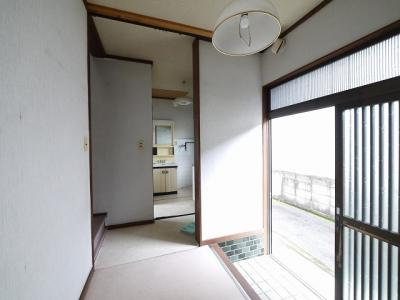 【玄関】本町店舗付住宅