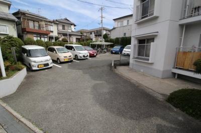 【駐車場】上野西ヒルサイドハイツ
