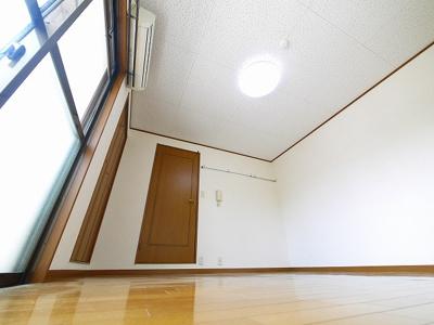 【洋室】プレミール新大宮