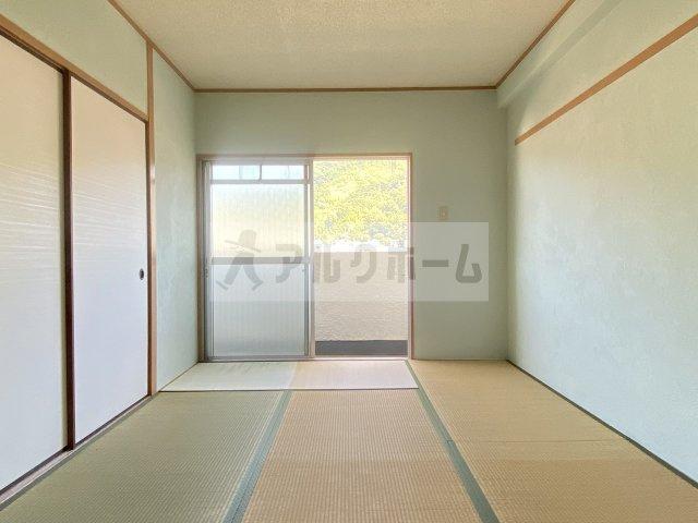 メゾン平野 和室①