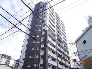 SRC造の都会的な外観で、資産価値大な建物です。