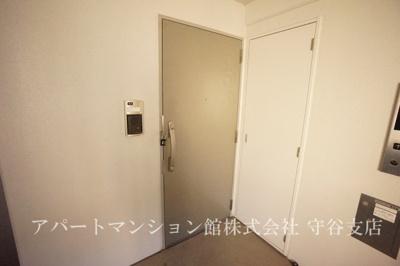 【玄関】アベニールヒルズ