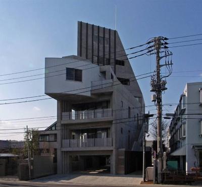 6階建てデザイナーズマンション!セコム搭載です♪
