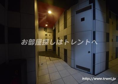 【エントランス】ルリオン神楽坂