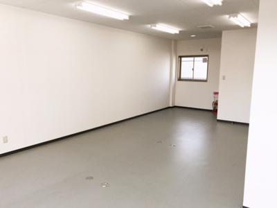 東大阪市寺前町 倉庫・事務所