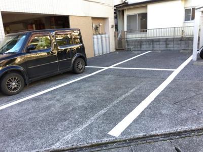 敷地内縦列駐車場