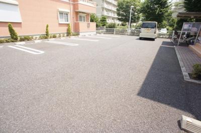 【駐車場】グランドハウスMTⅡ