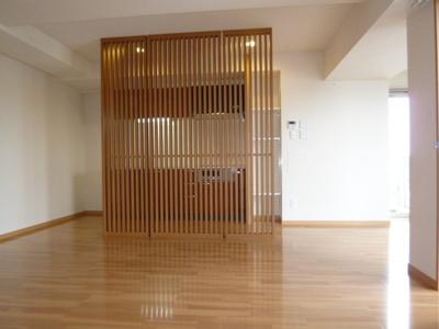【居間・リビング】イーグルヘッド橦木