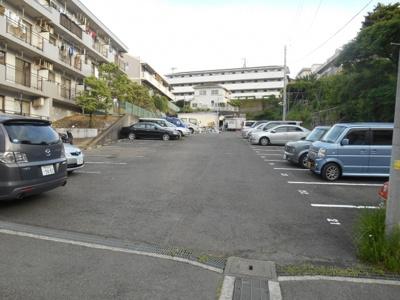 【駐車場】サンコーポラス