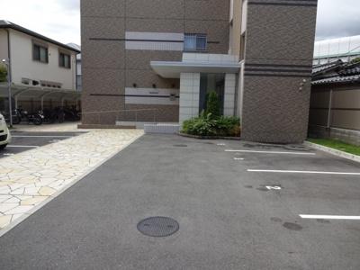 【駐車場】ベルクレール豊中
