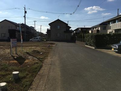 【前面道路含む現地写真】紫峰ヶ丘3丁目14番