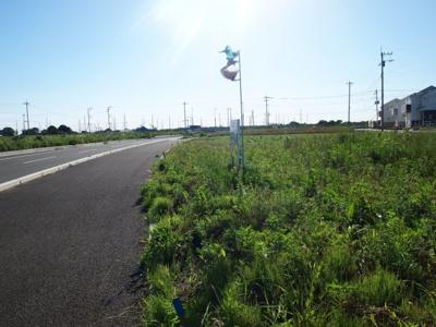 【前面道路含む現地写真】みどりの南43番地