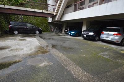 【駐車場】洗足池畔アビタシオン