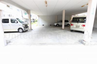 プレアール戸伏町 駐車場