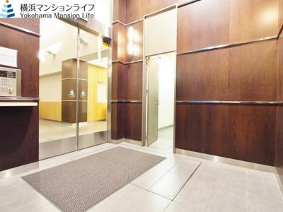 【エントランス】ロワール横濱レムナンツ
