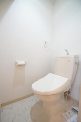リブル高砂(1LDK) トイレ