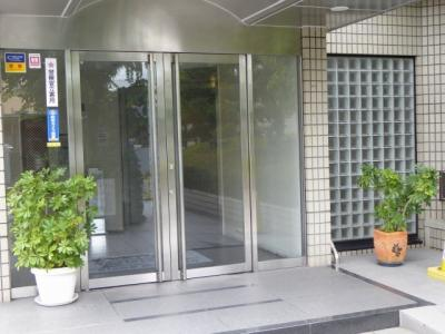 【エントランス】ライオンズマンション八戸ノ里壱番館
