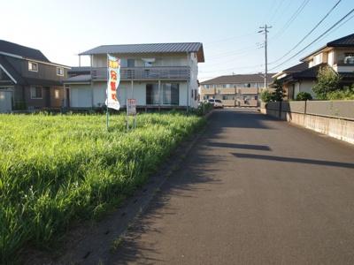 【前面道路含む現地写真】紫峰ヶ丘5丁目25番