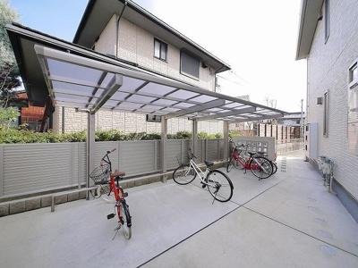 駐輪場も広くて使いやすいですよ。