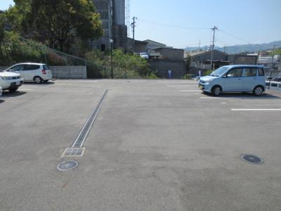 【駐車場】マンションクオーレ