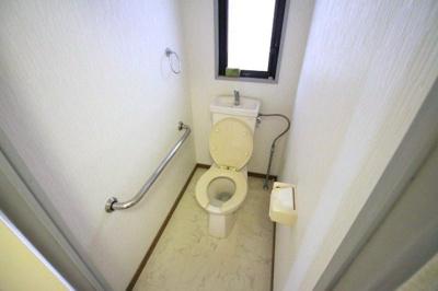 ナウパレス百道( 4LDK)  トイレ