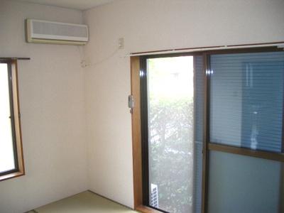 和室には2方向窓あり