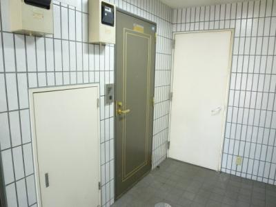 【玄関】グロームハイム