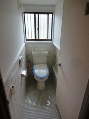 【トイレ】中町 貸家