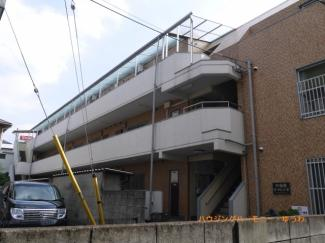 住環境豊かな「中板橋」駅より徒歩5分。最上階・新耐震マンションです。